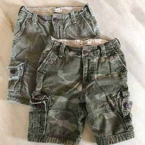 Abercrombie cargo boys size 8 cargo shorts.